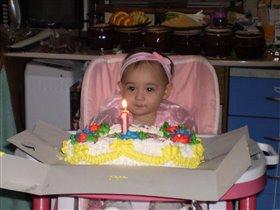 Первый день рождения. Первый торт.