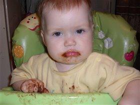 шоколадку кушаем и никого не слушаем