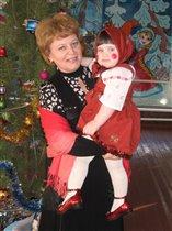 Моя матрешка с бабушкой