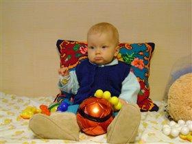 Люблю мяч с ранних лет.
