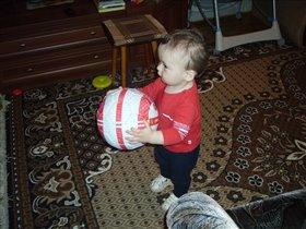 Дима - юный футболист!