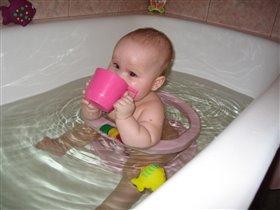 Назло родителям выпью всю воду и мылом закушу!