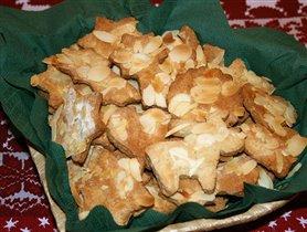 Печенье из пряничного теста.