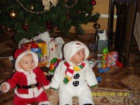 я и братик снеговик