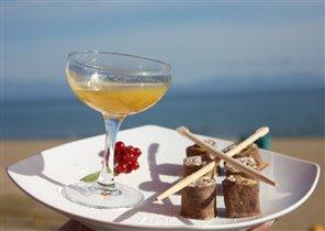 Десерт в кафе на пляже Шамора (Владивосток).