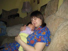 так сладко спать на груди у мамы