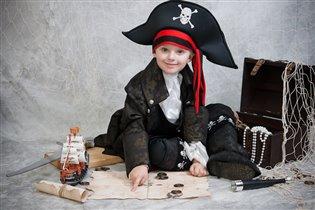 Юный пират Карибского моря