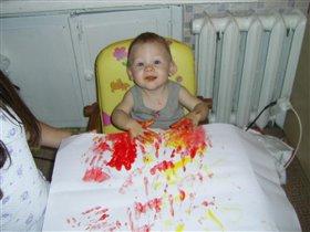 Мой первый опыт рисования пальчиковыми красками.