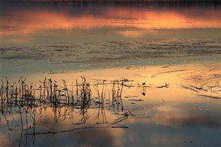 Закат на озере Граничном