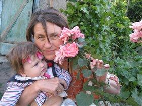 розы во дворе фотоконкурс «С мамой на прогулке'