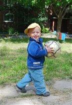 Веселый футболист