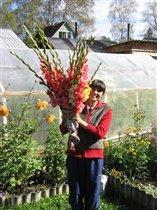 С понедельника начну продавать цветы!))))