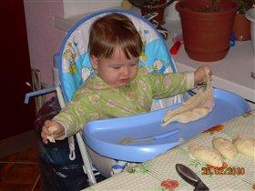 Какое липучее тесто!!!!