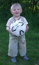 Футбол - любимая игра)))