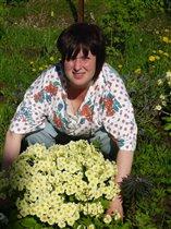 я научилась выращивать цветы))