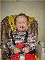 Пап, шоколад я весь съел, а зубы не покрасились!!!