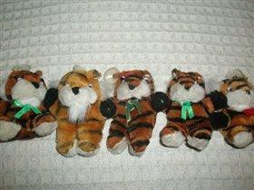 тигрята на присоске