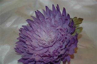 шелковая хризантема