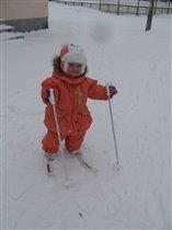 Подарили лыжи - пора готовиться к Олимпиаде!