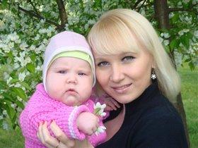 мама с дочкой Алисой