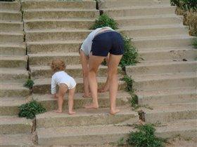 Учимся 'ходить' по ступенькам