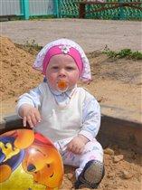 первый раз в песке...