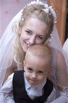 Серёженька на свадьбе родителей