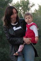 мама и малышка, всегда вместе...)))