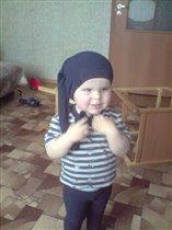 Забыл куда их одевать))))