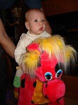 с детства занимаюсь конным спортом. иго-го-го