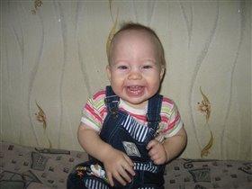 улыбка в 8 зубов