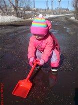Нелёгкая это работа-воду капать.