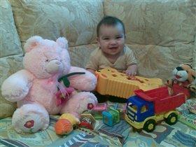 У меня стоооооооолько игрушек!!!!!!!!!!!!