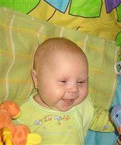 Машенькина первая беззубая улыбка