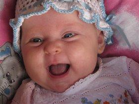 От улыбки станет всем светлей )))