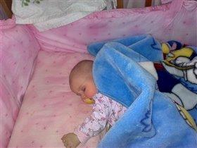 малыши так сладко спят...