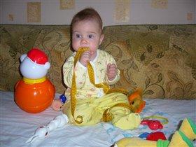 Мне игрушки не нужны, мне игрушки не важны :)