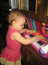 Играем на пианино