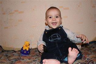улыбка моего малыша)))
