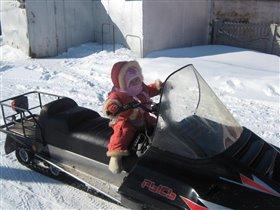 а я снегоход вожу!
