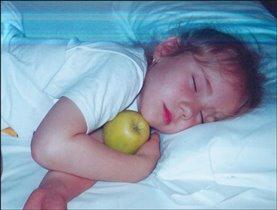 я тааак люблю яблоки........