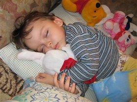 Спят усталые Вадюшки и любимые игрушки
