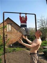 Я самий сильний маленький чоловічок)))
