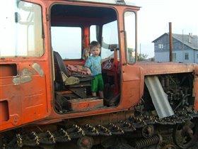 Маленький  тракторист