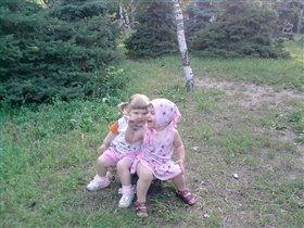 Две кумушки, две голубушки!:-)))