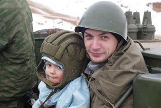 Два танкиста, два весёлых друга:))