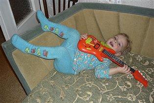 Играю и пою!!!