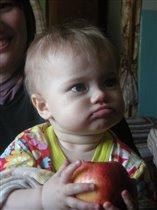 И, что, снова яблоко?