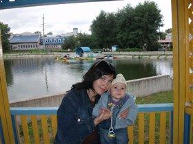 Мы с сыночком на прогулке в парке