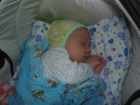 cпит мой ангел сладким сном